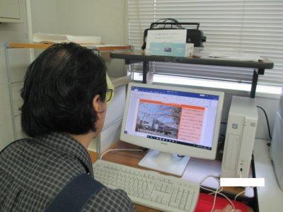 港風舎ニュースの編集作業